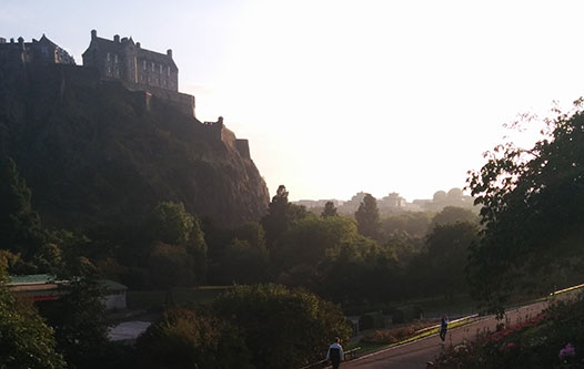 Edinburgh-castle-fall